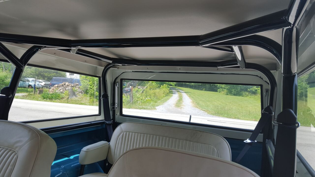 Early Bronco Roll Cage With Built In Seatbelt Harnesses Krawlers Edge 1970 Ford Interior For An